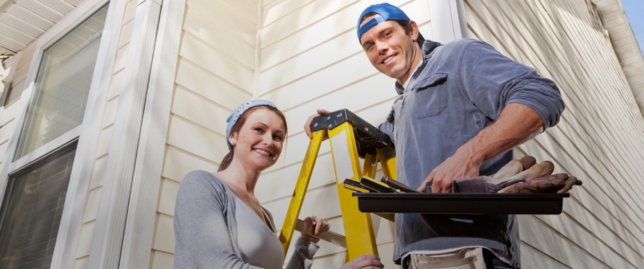 home maintenance Diy network has must-do fall maintenance tips to keep your house in shape and help keep you warm this winter.